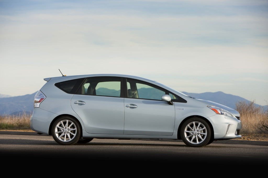 Toyota Prius v small SUV - Shop for a Toyota in Houston